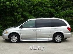 2006 Chrysler Town & Country LWB Limited REMOTE RAMPVAN HAND CONTROLS 66K Mls