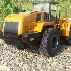 HUINA 583 2.4G RC Bulldozer Truck RC 114 Scale 10 Channels Remote Model Cars