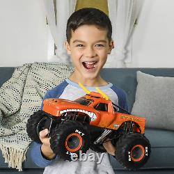 Monster Jam, Official El Toro Loco Remote Control Monster Truck, 115 Scale, 2.4